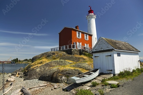 Photo  Fisgard Lighthouse, Canadian National Historic Site, on Fort Rodd Hill near Vict