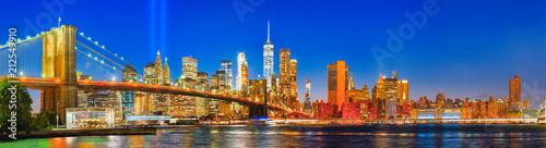 Spoed Foto op Canvas Verenigde Staten New York night view of the Lower Manhattan.