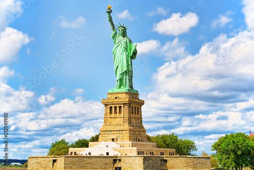 Spoed Foto op Canvas Verenigde Staten Statue of Liberty (Liberty Enlightening the world) near New York.