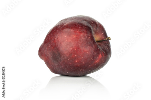 Photo  One fresh apple red delicious isolated on white background.