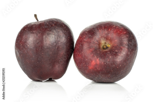 Photo  Two fresh apples red delicious isolated on white background.