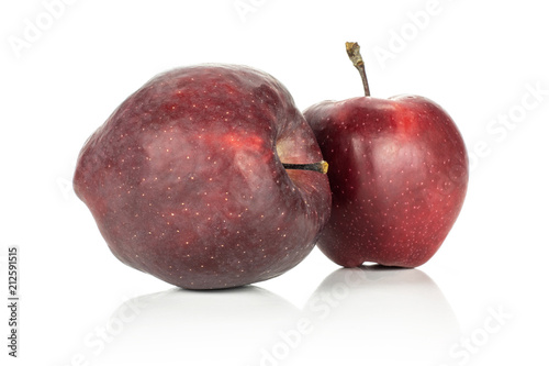 Photo  Two apples red delicious isolated on white background.