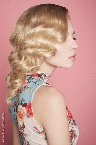 Deurstickers womenART Blonde woman with color makup on colorful background