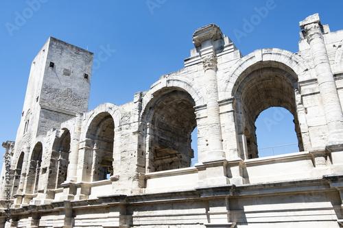 Poster Artistiek mon. Vecchio anfiteatro di Arles Francia