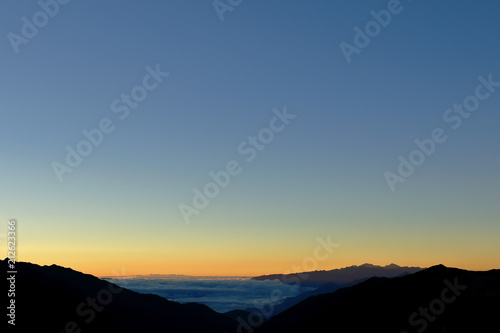 Poster  Mountains of the central mountain range of the Peruvian Andes at dawn