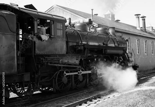 Pociąg parowy w stoczni porotwórczej