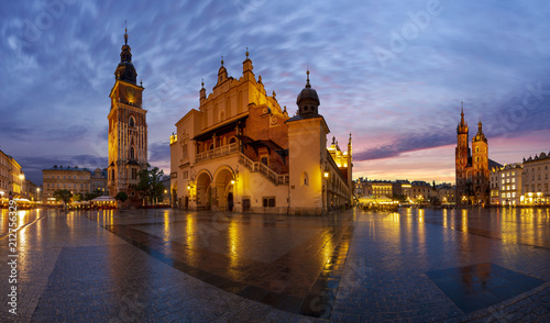Fototapeta The main square in Krakow at sunrise, Poland-Panorama obraz