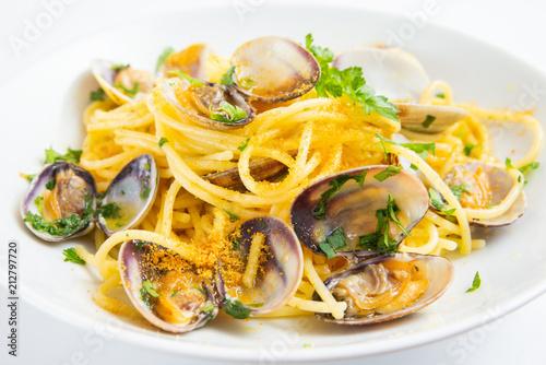 Fényképezés Spaghetti con vongole e bottarga, Mediterranean food