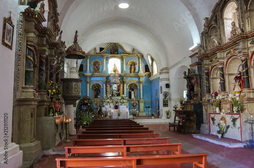 Tuinposter Zuid-Amerika land Interior of the Church of the Immaculate Conception in Yanque, Colca Canyon, Peru. It was built in 17th century in baroque style.