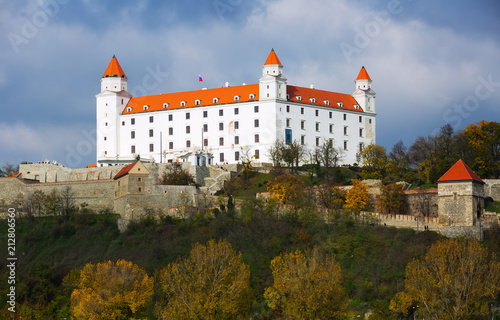 Foto op Canvas Historisch geb. Historical Castle of Bratislava on the hill