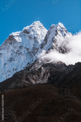 Photo  View of Ama Dablam from Dingboche, Sagarmatha national park, Everest Base Camp 3