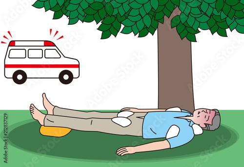 熱中症の応急手当を受ける高齢者 Canvas Print