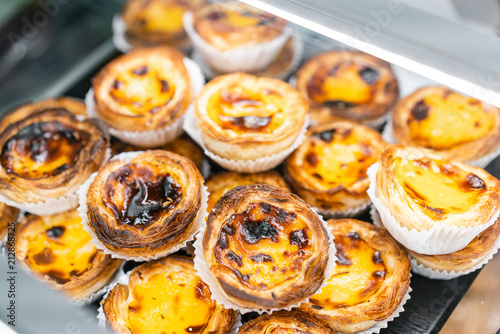 Fotografie, Tablou Rows of egg tart, traditional portuguese dessert, pasteis de nata, custard tarts