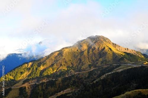 Staande foto Zwart Beautiful Landscape and clouds at sunset in Hehuan Mountain, Nantou, Taiwan