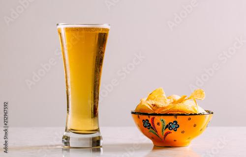 In de dag Bier / Cider Cold Beer on White Background