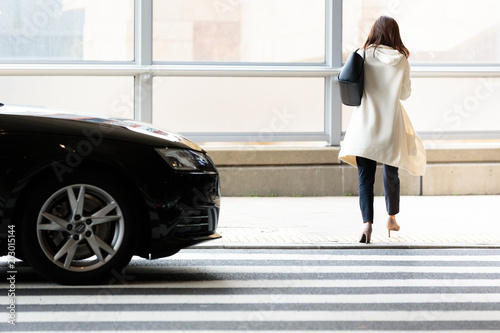 通行人と横断歩道