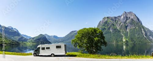 Fotografiet Reisemobil in Skandianvien