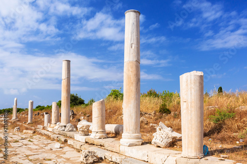 Papiers peints Con. ancienne Architecture of ancient Greek ruins in Side, Turkey