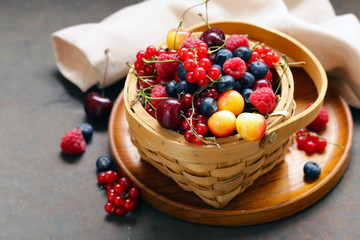 Fototapeta ripe organic mix berries rustic still life