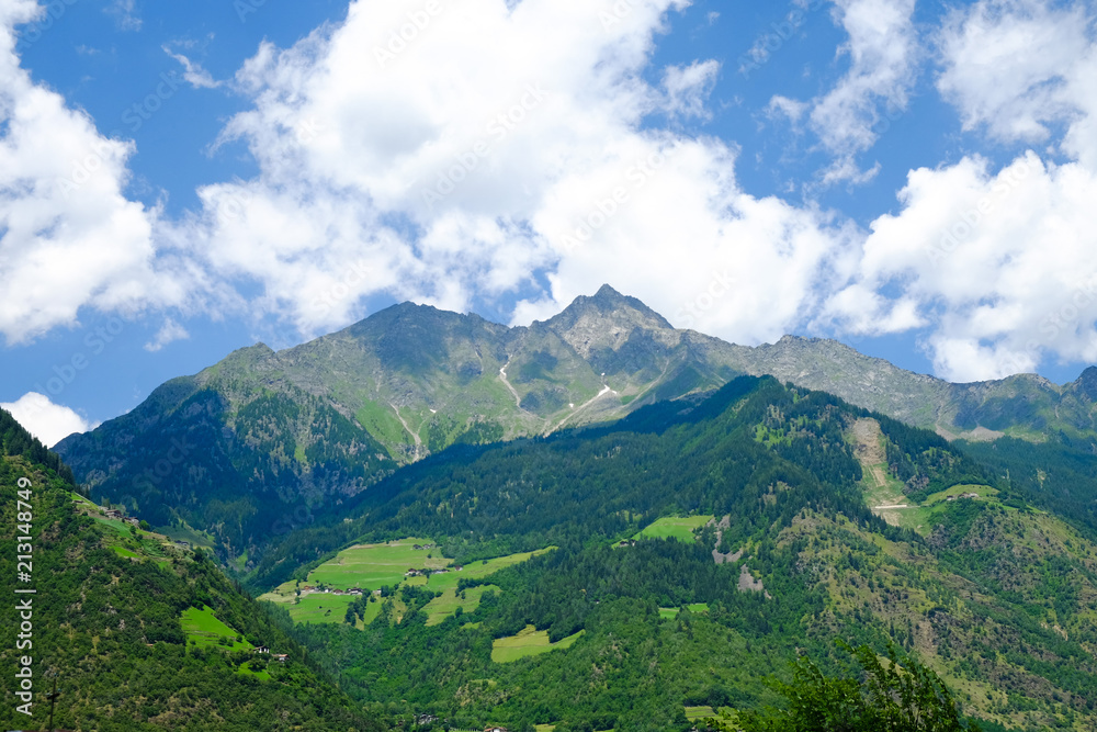 Fototapeta Mountains Dolomits in South Tyrol. - obraz na płótnie