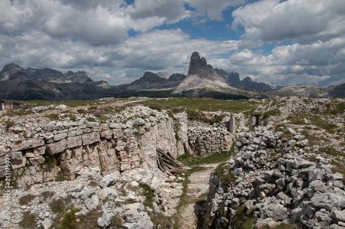 Photo  Le Tre Cime di Lavaredo viste dalle trincee del  monte Piana - Dolomiti - Italy