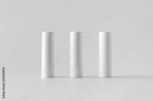 Fotografía Lip balm packaging mock-up.