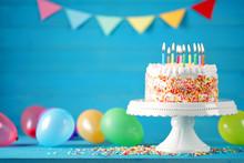 Geburtstag Torte Kuchen Mit Lu...