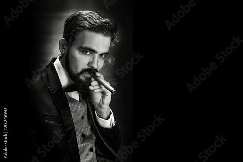 Fototapeta  smoking gentleman portrait