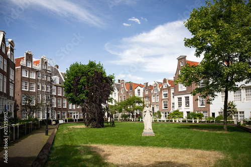 Photo Begijnhof in Amsterdam, Niederlande