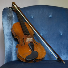 Violin And Bow In Blue Tufted ...