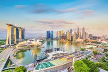 Singapore Downtown Skyline Bay...