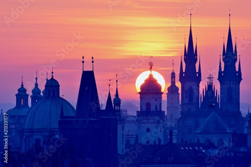 Staande foto Praag Sun Disk behind the Astronomical Tower of Prague Clementinum