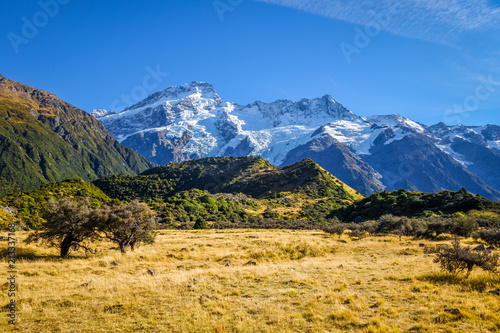 Foto op Canvas Oceanië Mount Cook valley landscape, New Zealand