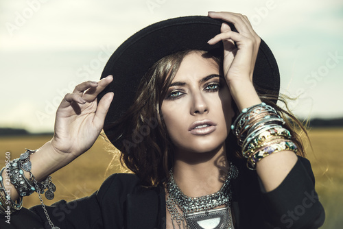 Cadres-photo bureau Gypsy costume jewelry in boho style