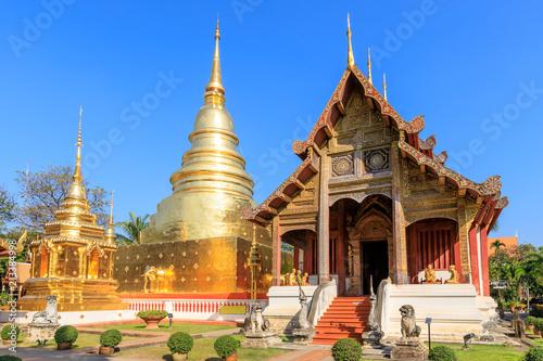 Fotografia  Wat Phra Singh Woramahawihan in Chiang Mai, North of Thailand