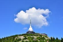 Blick Zum   Jested  ( Jeschken ) Bei Liberec