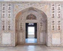 Agra Fort In Agra, Uttar Prade...