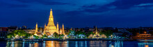 Wide Panorama Of Wat Arun Temp...