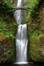 Multnomah Falls In Columbia Ri...