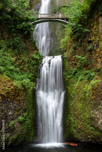 Foto op Canvas Watervallen Multnomah Falls in Columbia River Gorge, Oregon, USA