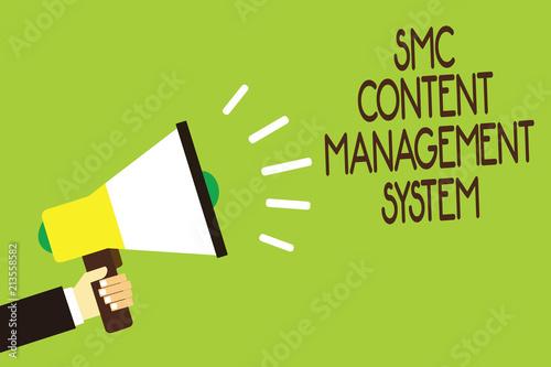 Fotografía Conceptual hand writing showing Smc Content Management System