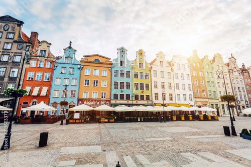 Foto op Aluminium Centraal Europa Old colorful tenement buildings located in Gdansk