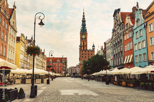 Foto op Aluminium Centraal Europa Old Town street and buildings in Gdansk, Poland.