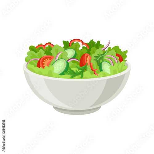 Fotografía  Fresh vegetable salad in gray ceramic bowl