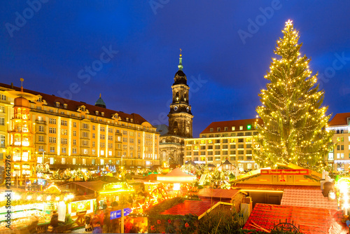 Weihnachtsmarkt In Dresden.Weihnachtsmarkt In Dresden Deutschland Buy This Stock Photo And