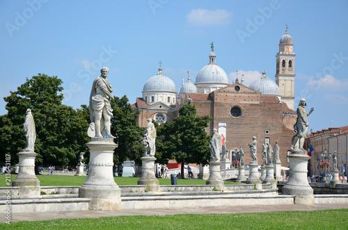 Fotografie, Obraz  Prato della Valle e Basilica di Santa Giustina