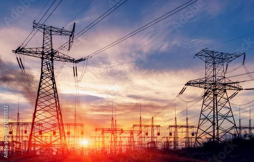Obraz na płótnie distribution electric substation with power lines and transformers