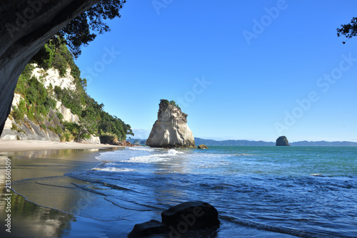 Deurstickers Cathedral Cove Cathedral Cove Neuseeland mit te hoho rock