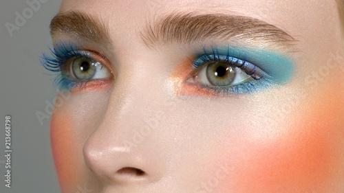 Make Up Stoel : Bright creative make up of eyes with long eyelashes. blue color of