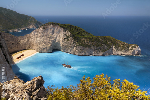 Spoed Foto op Canvas Europa Famous Navagio Shipwreck Beach in Zakynthos, Greece